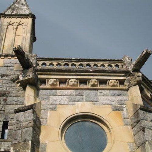 St_Conan's_Kirk_Owl_Detail_in_Stone